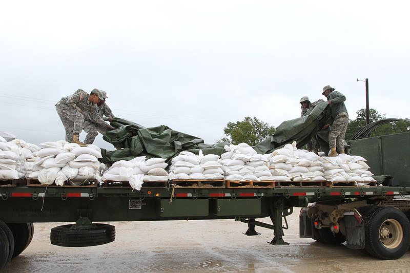 File:South Carolina National Guard Prepares for Hurricane Joaquin.jpg