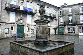 Spain.Santiago.de.Compostela.Plaza.Toural.jpg