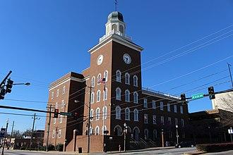Spalding County, Georgia - Image: Spalding County Courthouse (NE corner)