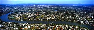 St Lucia, Queensland - St Lucia surrounded by the Brisbane River