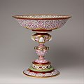 Standing cup (coupe Chenavard) MET DP104402.jpg