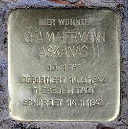 Photo of Chaim Hermann Askanas brass plaque