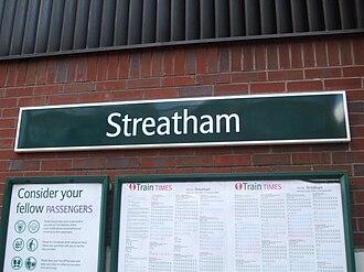 Streatham railway station - Image: Streatham station signage