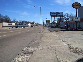 Binghampton, Memphis - Summer Ave in Binghampton (2010)