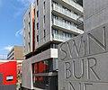 Swinburne University - Student Residences - panoramio.jpg