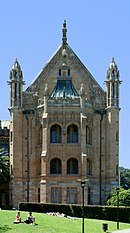 MacLaurin Hall, The University of Sydney, on a clear day