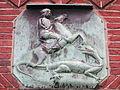 Tafel des Heiligen Georgs am Gemeindehaus der St. Jürgen-Kirche (Flensburg), Jürgensgaarder Straße 1, Bild 02.JPG