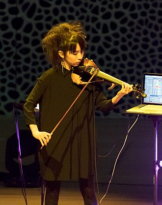 Hoshiko Yamane - Image: Tangerine Dream Elbphilharmonie Hamburg 2018 20