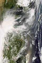 Terra MODIS Stationary front cloud over Japan 2.jpg