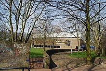 Medway wikipedia - The strand swimming pool gillingham ...