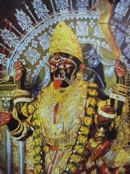 File:The Kali idol @ Dakshineshwar.JPG