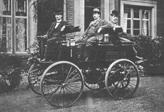 History of the electric vehicle - Electric car built by Thomas Parker, photo from 1895