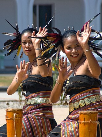 Music of East Timor - East Timorese dancers