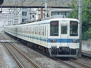 Tōbu Tōjō Line - Image: Tobu 8192 Kawagoe 20030820