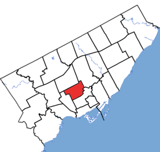 Toronto—St. Paul's - Toronto-St. Paul's in relation to the other Toronto ridings (2013 boundaries)