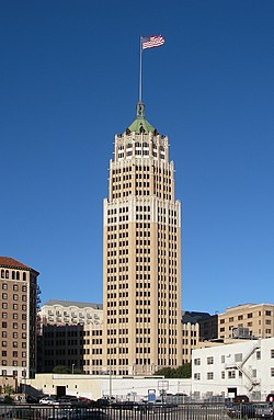 Tower Life Building, San Antonio, 2011.jpg