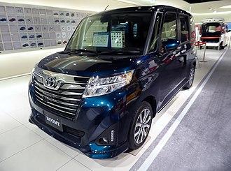 Daihatsu Thor - Image: Toyota ROOMY CUSTOM G T (DBA M900A AGBVJ) front