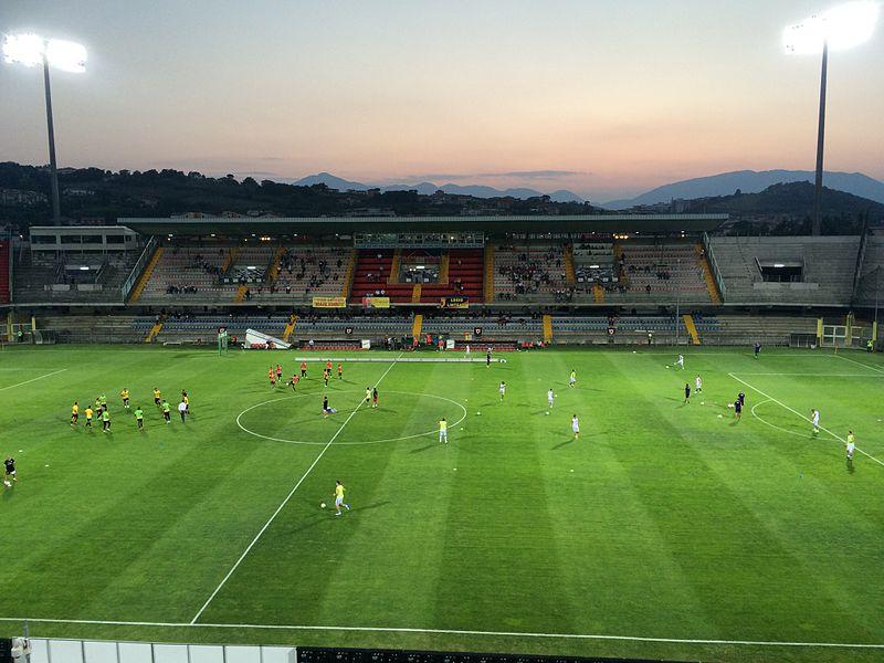 File:Tribuna Stadio Vigorito.jpg