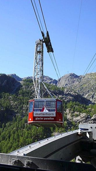 Klein Matterhorn - Cable car between Furi and Trockener Steg, the Klein Matterhorn is not visible from here