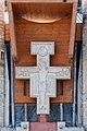 Tychy - Kościół p.w. św. Franciszka - krzyż nad wejściem.jpg