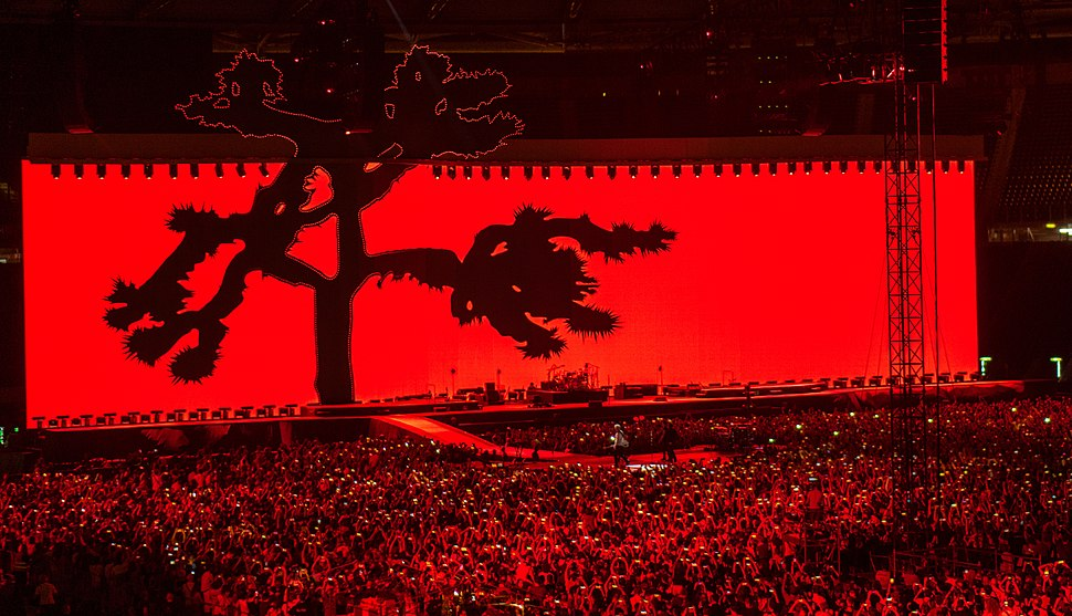 U2 Joshua Tree Tour 2017 video screen in red for Streets in Rome 7-16-17.jpg