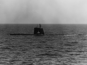 USS Cutlass (SS-478) underway on 9 May 1962.jpg
