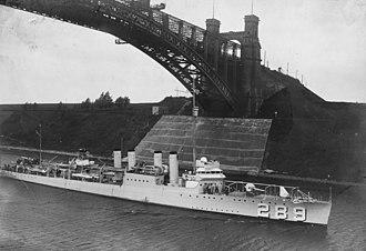 USS Flusser (DD-289) - USS Flusser (DD-289) transiting the Kiel Canal c1924