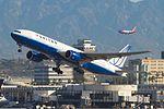United Airlines, Boeing 777-222, N774UA (16885461335).jpg