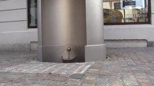 File:Urilift, Göteborg, Kungsportsplatsen.webm