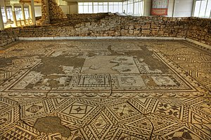 Roman villa - Some sumptuous Roman villas featured complex floor mosaics, such as Villa Armira in modern Bulgaria