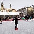 Vitoria - Plaza de la Virgen Blanca, patinaje navideño 1.jpg