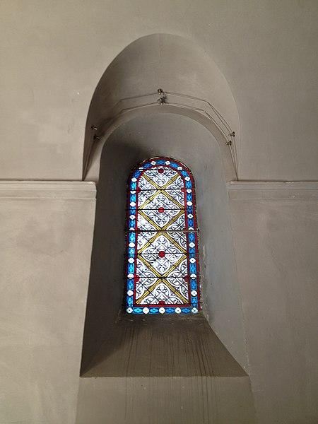 Vitrail de l'église de l'Assomption de Charnoz-sur-Ain.