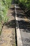 Voie expérimentale de l'Aérotrain le 1er mai 2012 à Limours 03.jpg