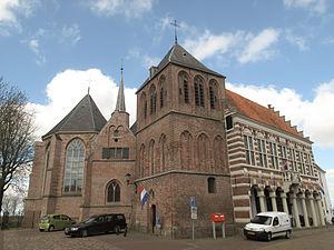 Vollenhove - Image: Vollenhove, de Grote of Sint Nicolaaskerk RM10555 en voormalig stadhuis RM105553 foto 5 2012 04 28 11.27