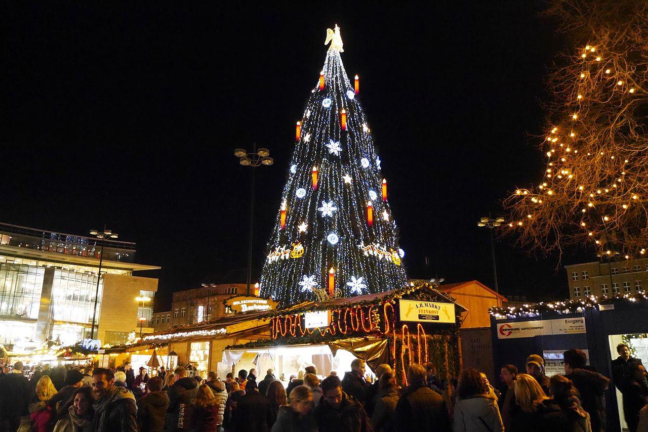 Weihnachtsmarkt Dortmund 2015.jpg