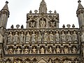 Wells Cathedral (west gable).jpg