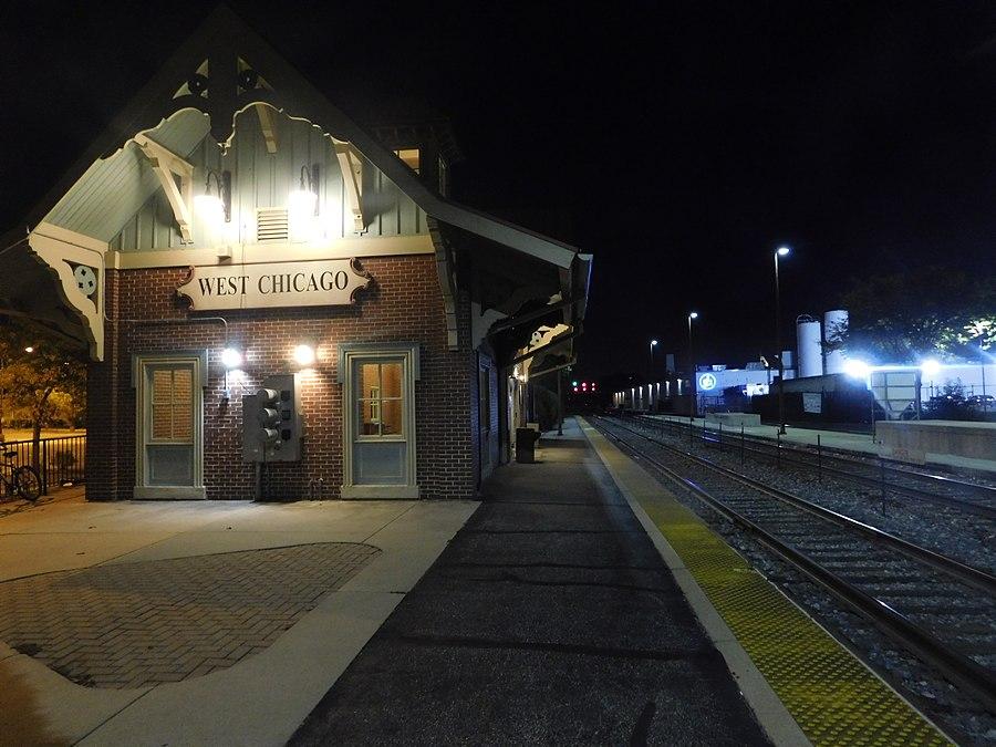 West Chicago station