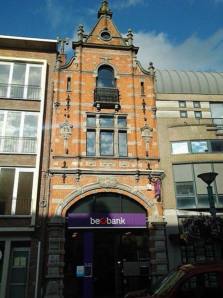 Winkelhuis 1895 naar ontwerp van H. Denys Noordstraat 6 Roeselare