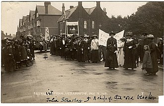 Julia Strachey - A young Julia Strachey in 1913 at the suffrage parade in Littlehampton