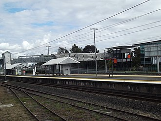 Yeerongpilly railway station - Southbound view in July 2012