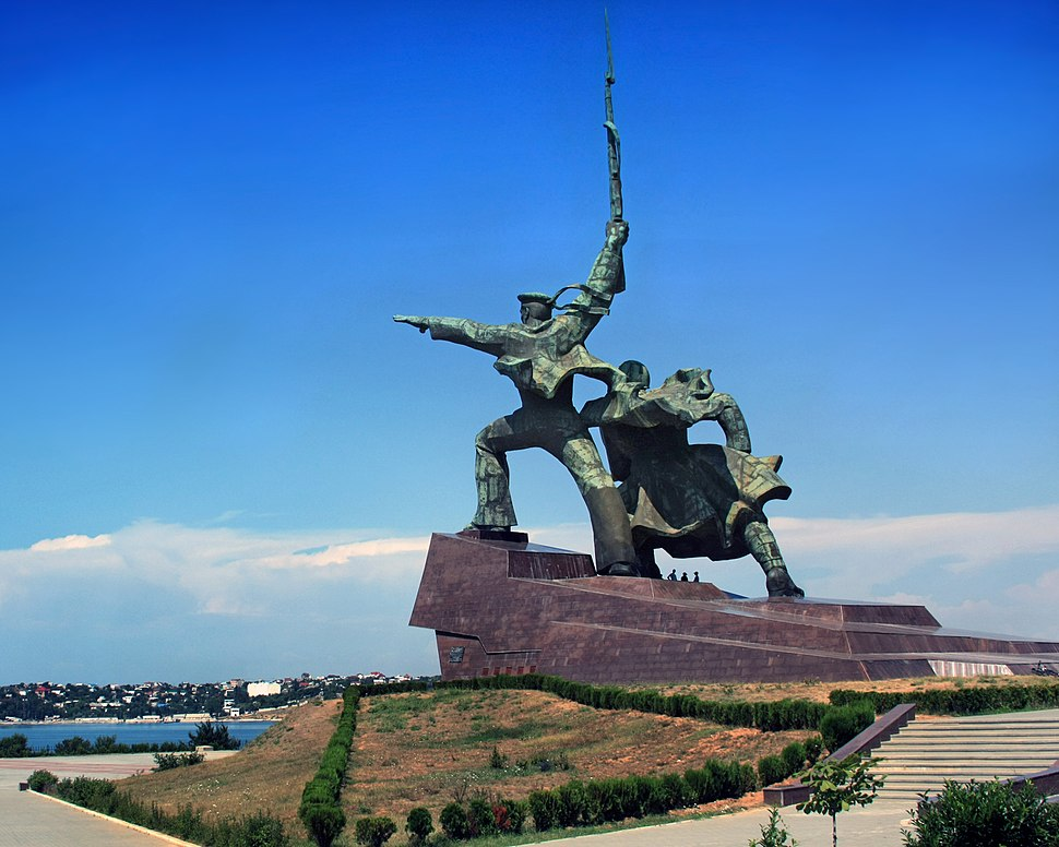 """Soldier and Sailor"" Memorial to Heroic Defenders of Sevastopol"