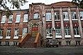 Бывшая школа им. Тургенева И.С. (вид спереди).jpg