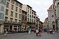 Флоренция. на площади перед собором Санта-Мария-Дель-Фьоре - panoramio.jpg
