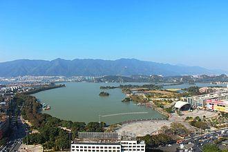 Zhaoqing - Image: 牌坊广场全景
