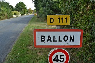 Ballon, Charente-Maritime - Entry to Ballon