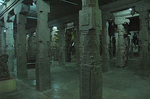 Ariyanatha Mudaliar - Aayiram Kaal Mandapam(Thousand Pillar Hall) built by Ariyanatha Mudaliar. A section of the hall in the morning.