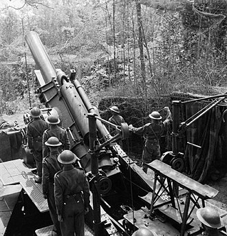 BL 12-inch howitzer - 12-inch howitzer Mk IV manned by Newfoundland troops training in the UK, 1942