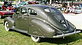 1939 Lincoln Zephyr fastback 4-door sedan r-md.JPG