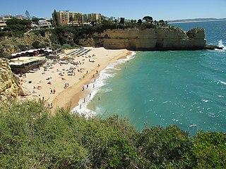 Praia de Nossa Senhora da Rocha (Porches)