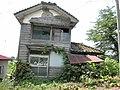 2001年08月11日 福島県日中線熱塩駅前民家(2012現在なし?) - panoramio.jpg